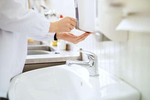 Dispensing, Dosing & Decanting